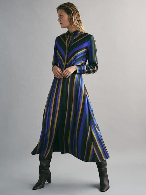 Φόρεμα με ριγέ σχέδιο 129.00 € Massimo Tutti