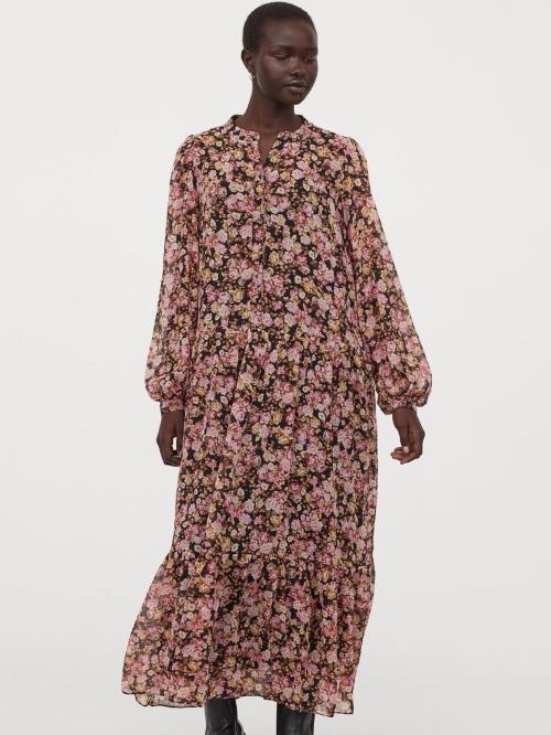 Puff-sleeved chiffon dress 39,99 € H&M